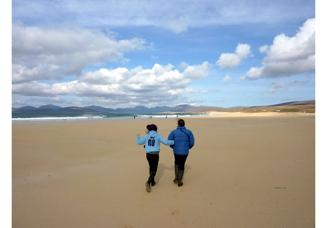 Strolling on the beach at Luskentyre